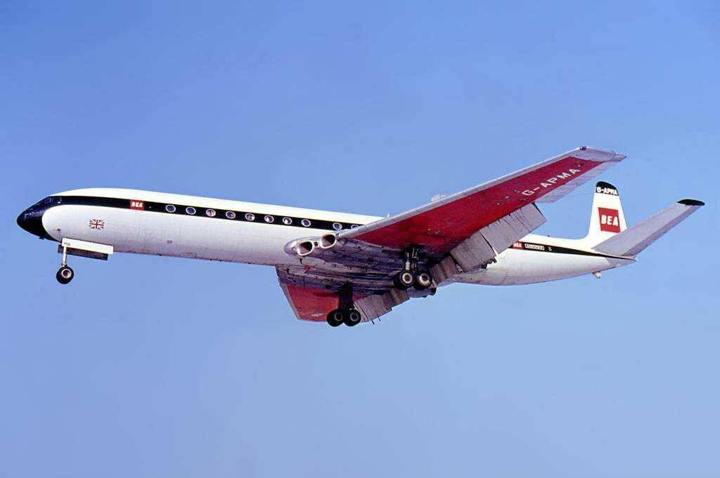 de Havilland's DH 106 Comet airplane